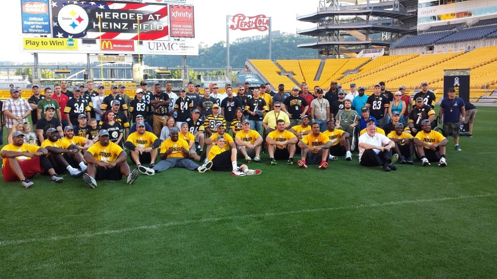Heroes at Heinz Field Wolf and 17 current Steelers take time to honor our combat veterans.